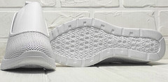 Белые кожаные слипоны женские. Перфорированные кроссовки кроссовки на белой подошве стрит кэжуал Derem 1761-10 All White