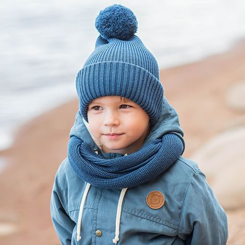 Double turn-up hat with pompon - Deep Blue