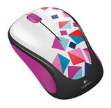 LOGITECH_M238_Playing_Blocks-1.jpg