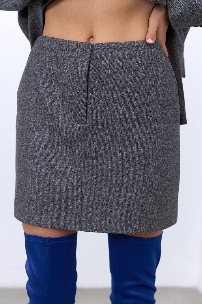 Юбка мини с гульфиком (костюмный твид), елочка черная