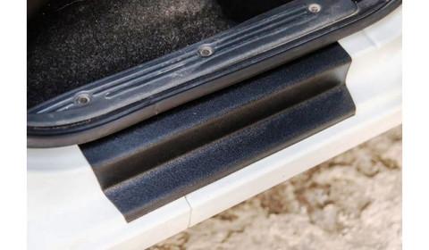 Накладки порогов (пластик) проемов дверей Лада Гранта, Калина-2, Датсун