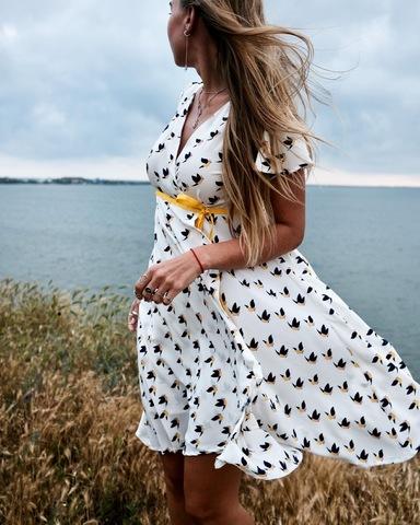 Платье с запахом (белое)