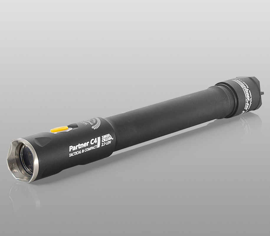 Тактический фонарь Armytek Partner C4 Pro (тёплый свет) - фото 1