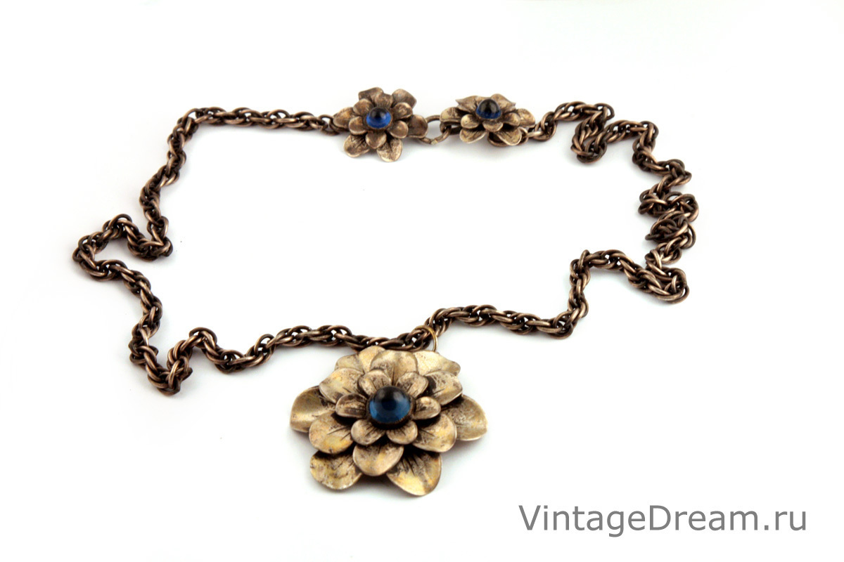 Elegant Flowers necklace by Joseff, 1940s.