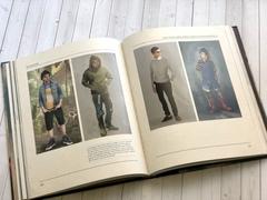 Благие знамения: Превосходное и недвусмысленное руководство по Армагеддону и по сериалу, основанному на знаменитом романе Терри Пратчетта и Нила Геймана