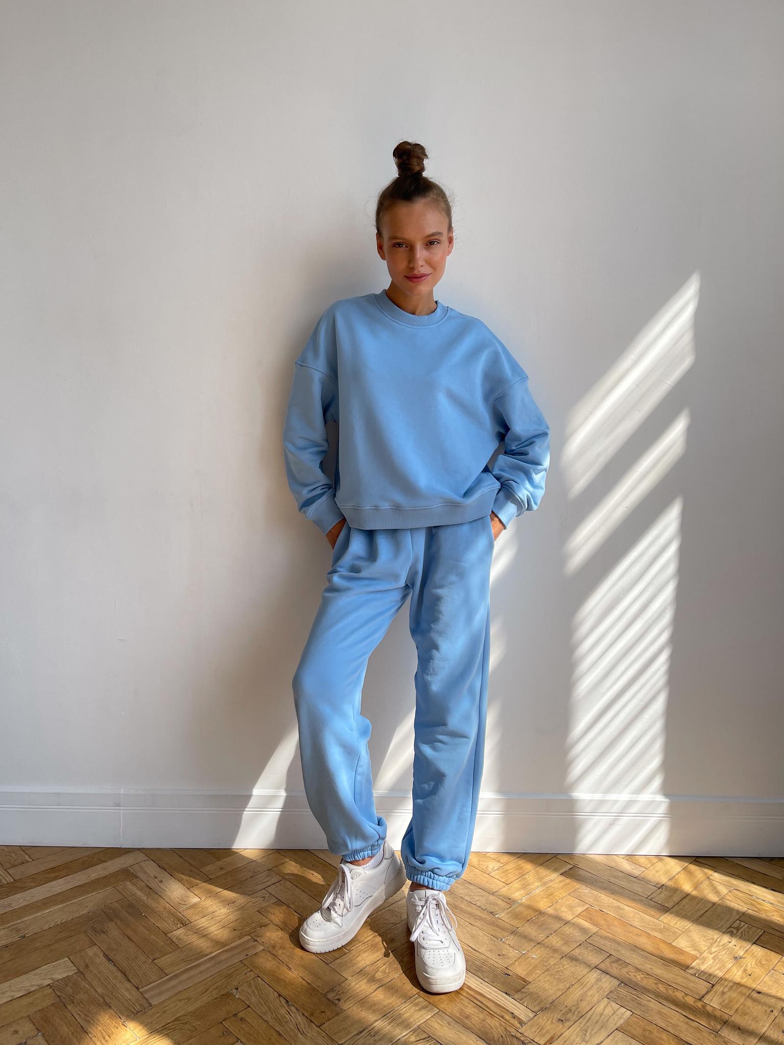 Повседневный костюм (голубой)