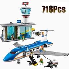 Конструктор  180032 Пассажирский терминал аэропорта 718 дет.