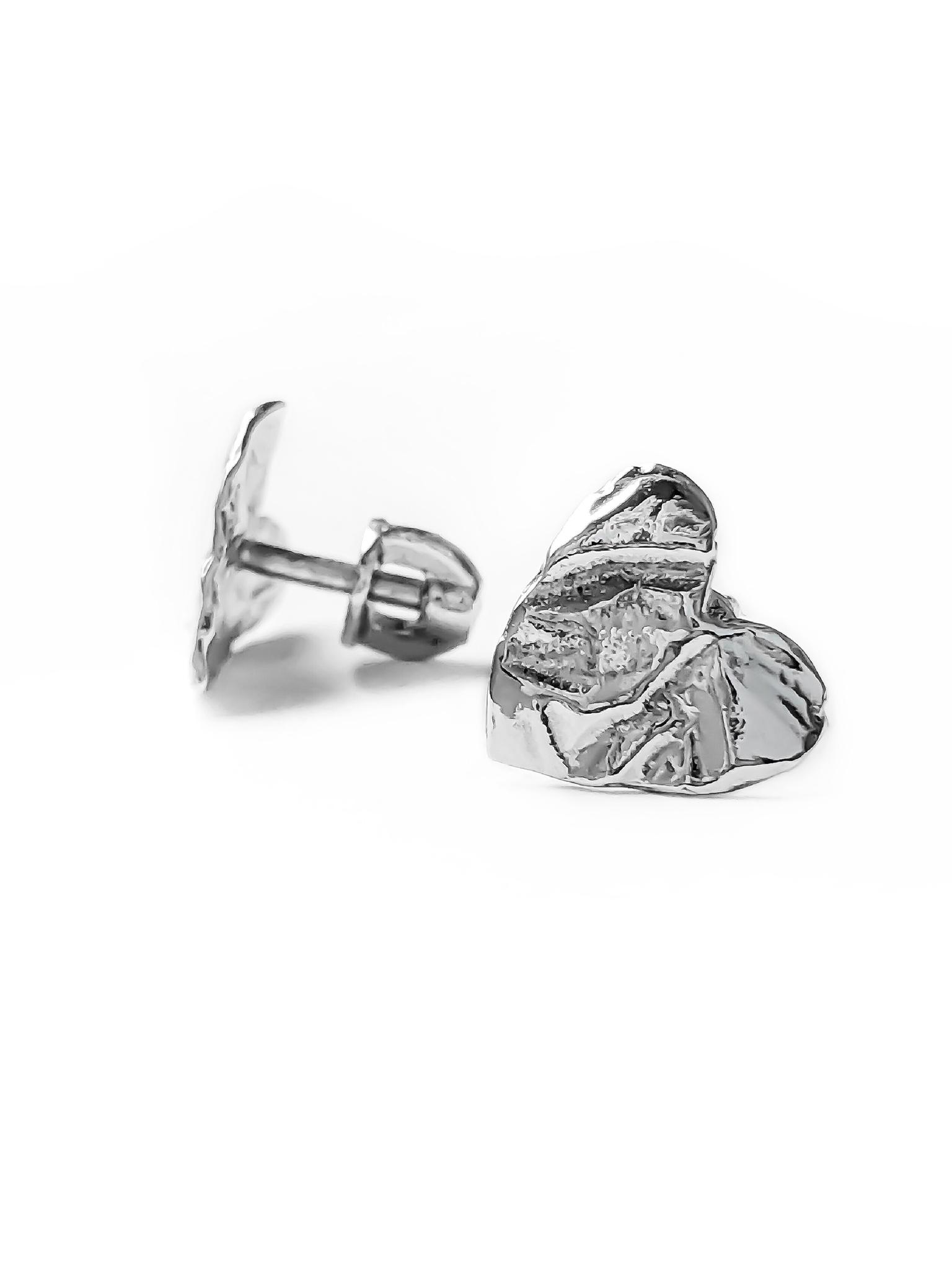 Серебряные серьги-пусеты сердца