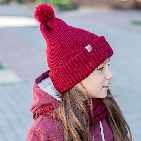 Double cuffed hat with pompon - Deep Red