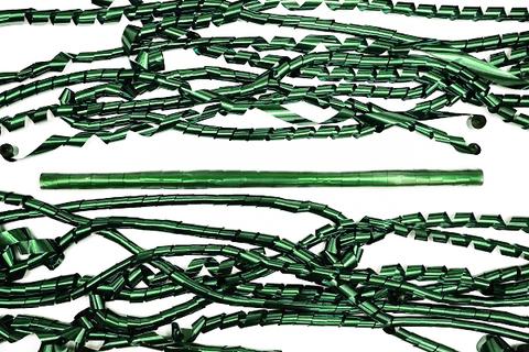 Металлизированный серпантин зелёный