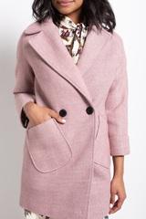 пальто розовое nadya