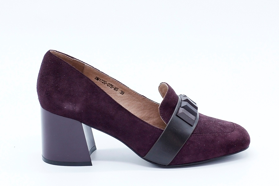 Бордовые туфли из натурального велюра