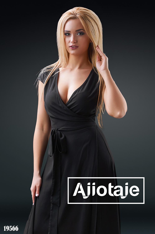 Платье макси на запах черного цвета