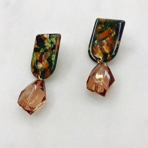 Серьги с кристальными подвесками (коричневый)