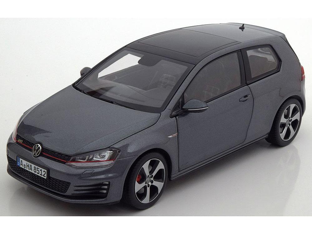 Коллекционная модель Volkswagen Golf GTI 2013 Carbon Steel Grey