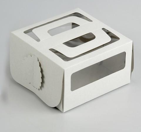 Коробка с ручками и окном 21*21*12см