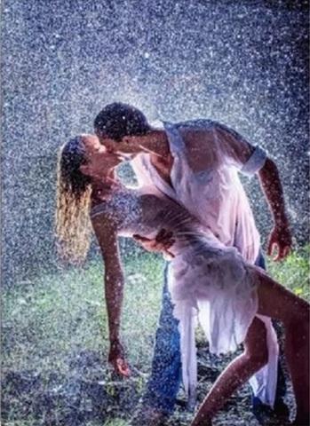 Алмазная Мозаика 40x50 Поцелуй под дождем