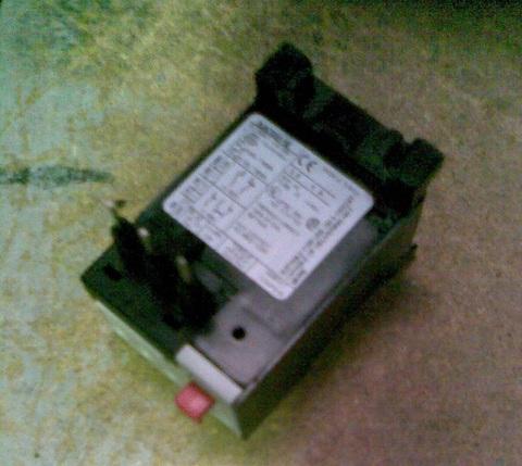 23100153 Термореле защиты двигателя, 380 В, 2,5-4 А