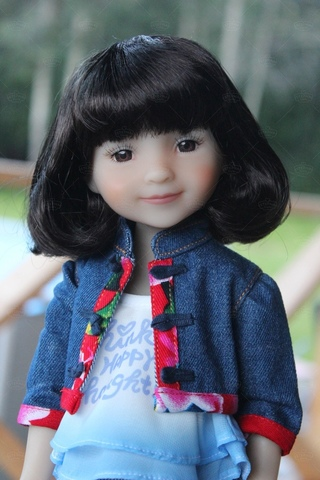 Шарнирная куколка Ханна, Руби Ред 37 см
