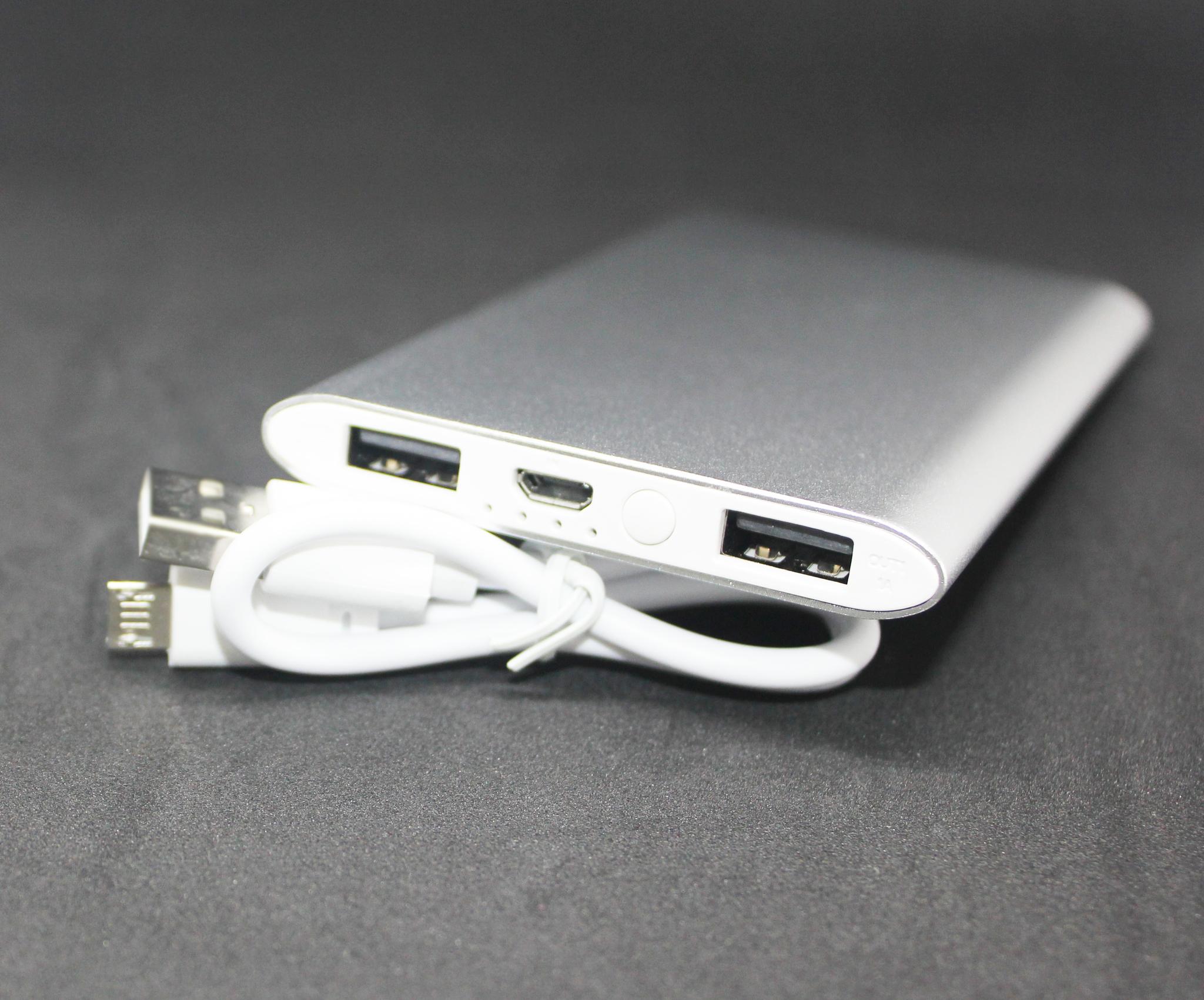 power bank в розницу 4000 mah внешний аккумулятор silver тонкий