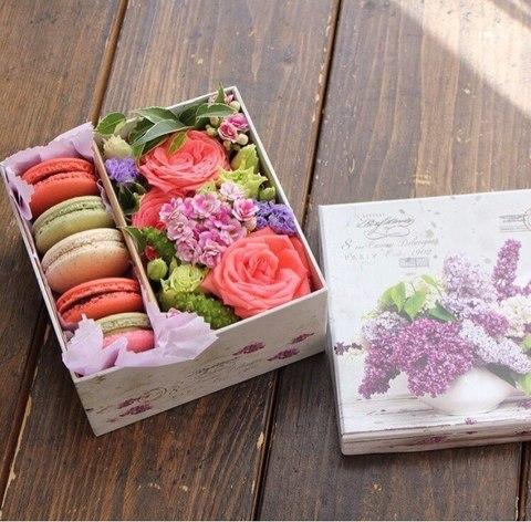 Цветы и macaron ( 5 шт.) #1477