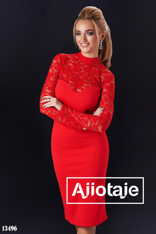 Платье миди с гипюром красного цвета