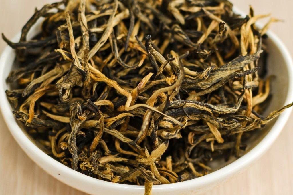 Чай черный элитный Дянь Хун(Старый мастер)