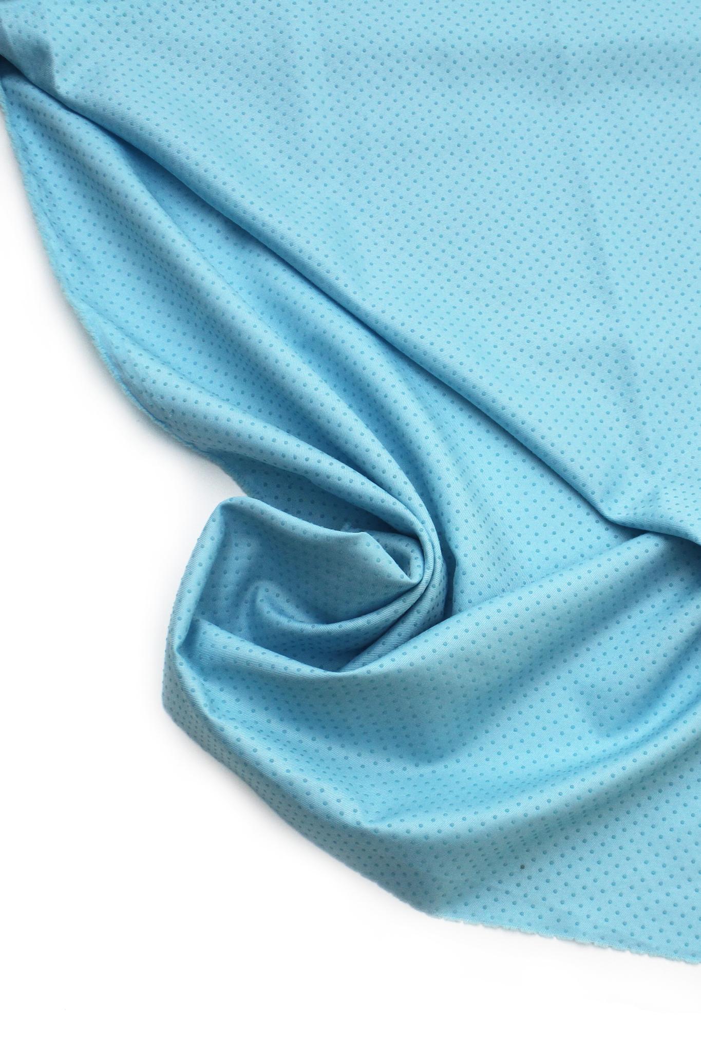 Ткань противоскользящая голубая