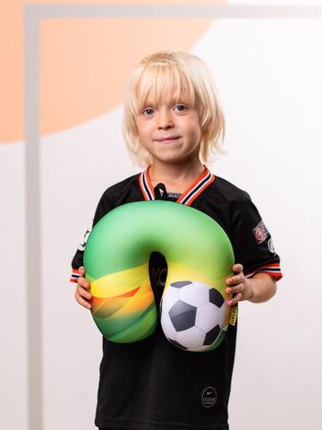 Подушка-подголовник «Футбольный 3», зеленая-2