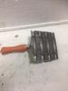 Металлический 8-рядный скребок , 11 см