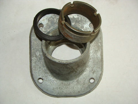 Опора рулевой колонки УАЗ (в сб.с гайкой)