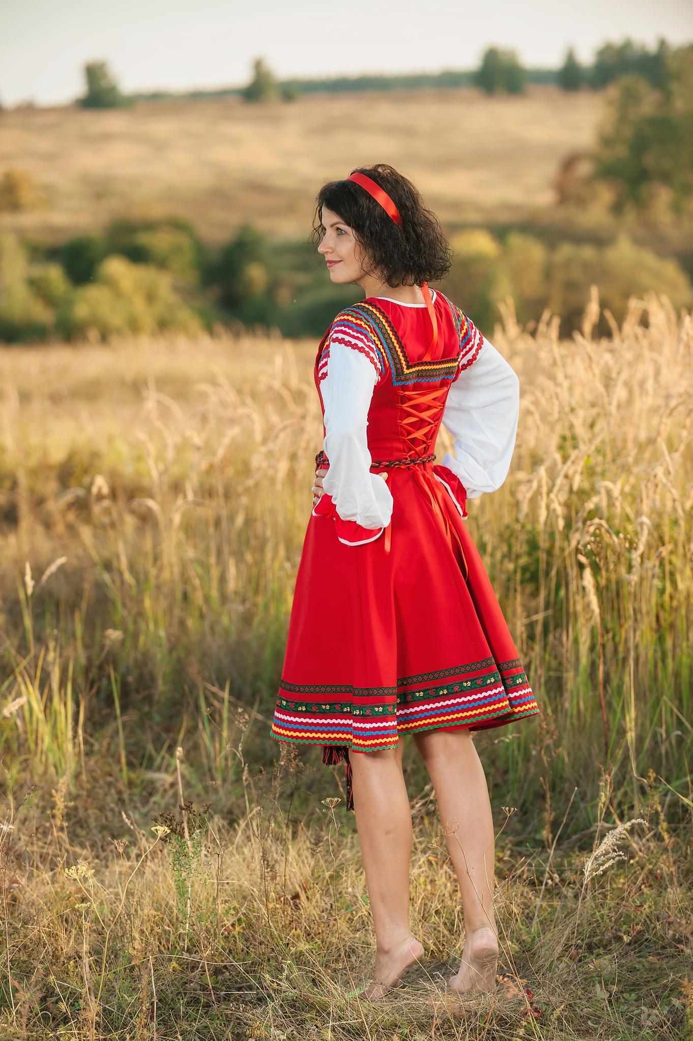 Сценический костюм Малинка для танцев