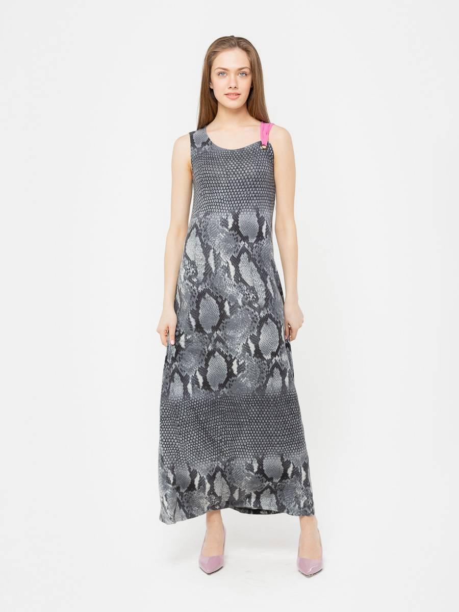 Платье З080-493 - Длинное трикотажное платье с анималистичным принтом.  Стильное и комфортное, оно станет прекрасным выбором на каждый день.