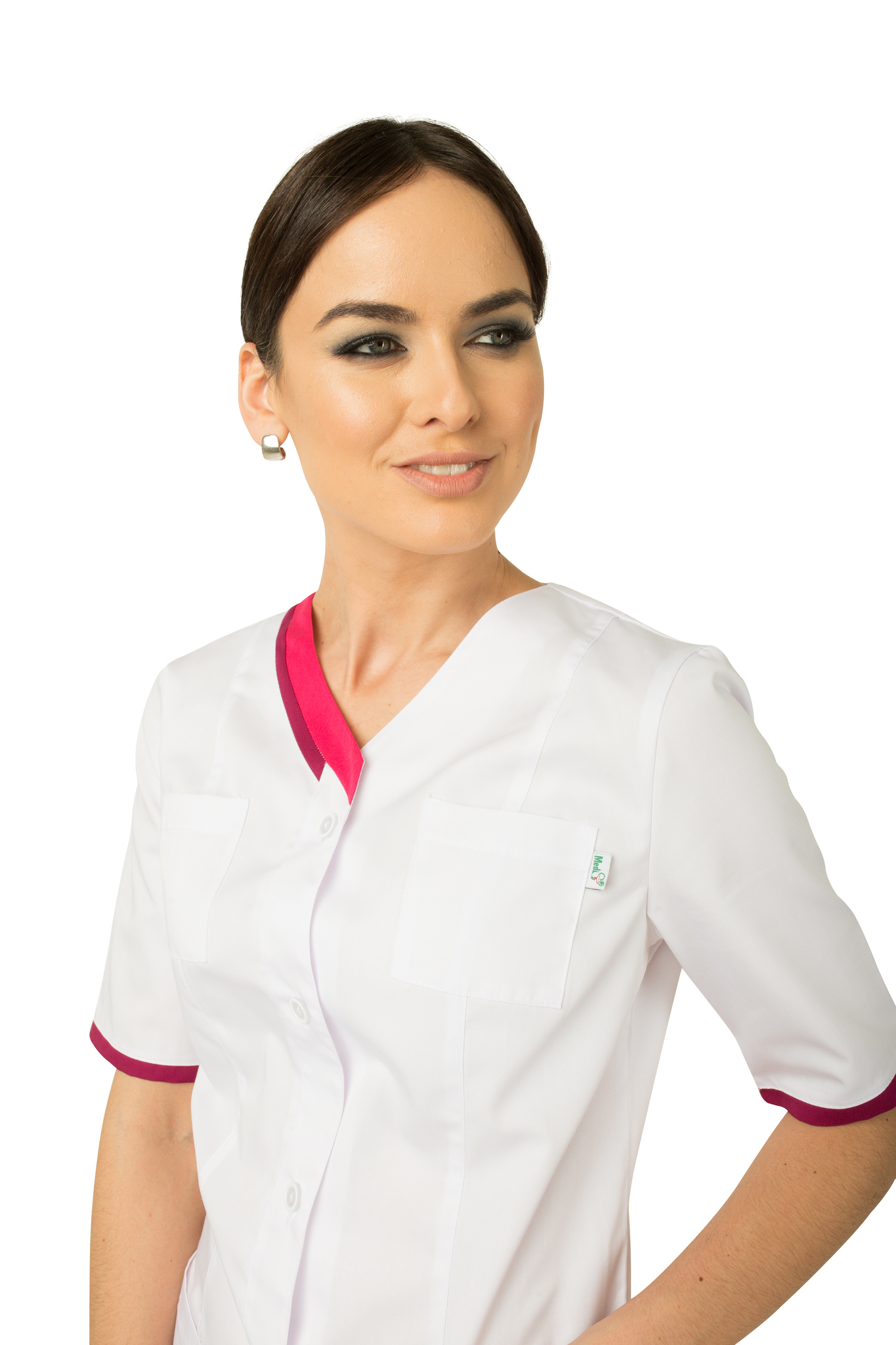 Стильная медицинская блуза-туника белого цвета с яркими малиновыми вставками.
