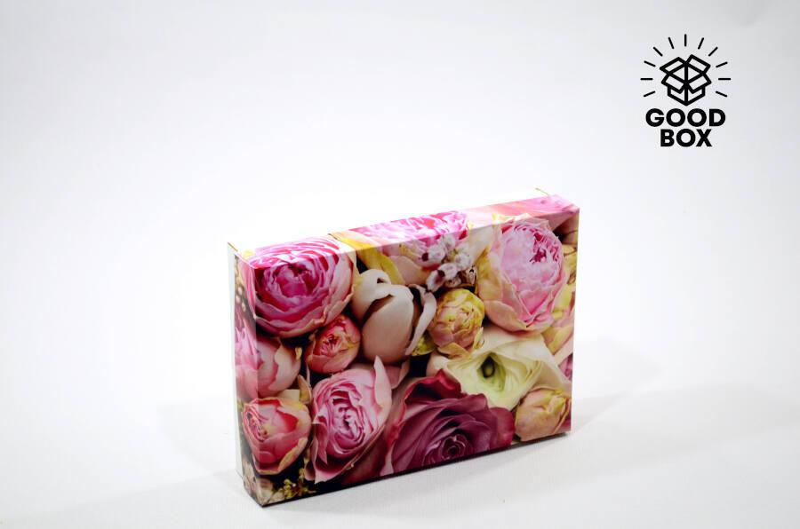 Красивая подарочная коробка с пионами купить в Алматы