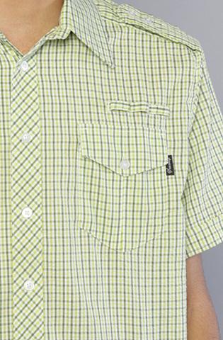 Рубашка зеленая фото вблизи
