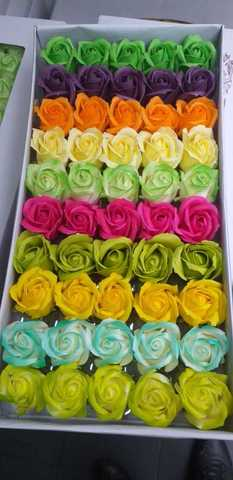 Ароматные мыльные бутоны роз в коробке  (50 штук)