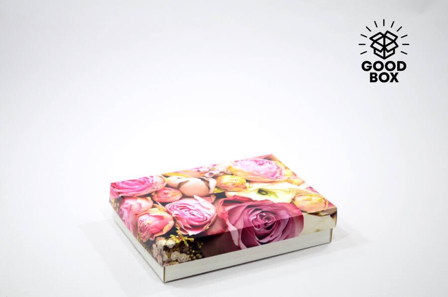 Красивая подарочная коробка с пионами купить в Казахстане