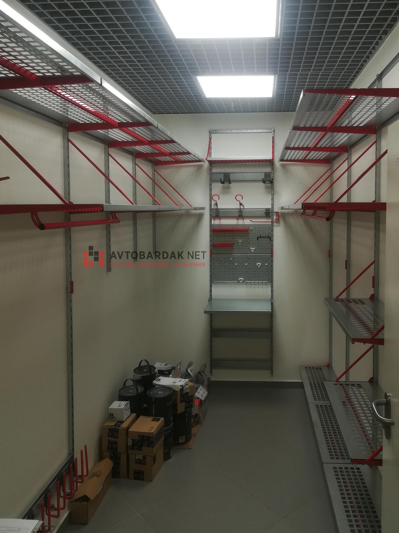 Проект № 24: кладовка 6,4 кв м (1,75 х 3,64 м)
