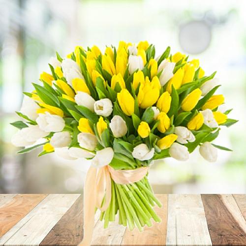 Весенний СОЛНЕЧНЫЙ букет из желтых и белых тюльпанов 101шт. Пермь