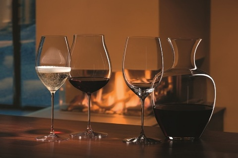 Бокал для вина New World Pinot Noir/Nebbiolo/Ros?/ Champagne  790 мл, артикул 1449/67. Серия Riedel Veritas