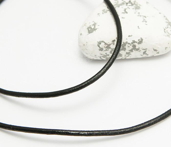 PL281-1 Кожаный шнур черного цвета со стальной застежкой
