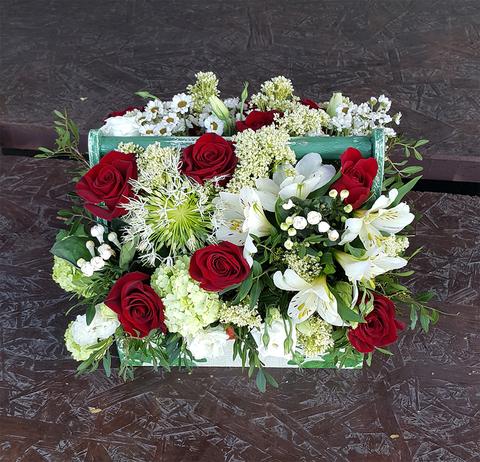Ящик с цветами Красно-белый