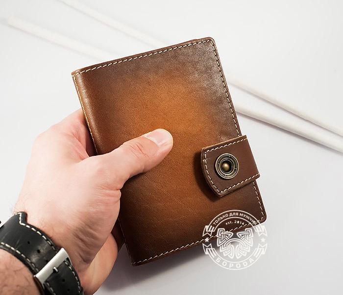 BY11-01-01 Вместительная кожаная обложка для паспорта и документов