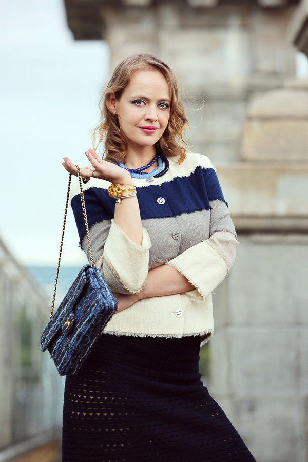 Elegant tweed Chanel Flap Bag