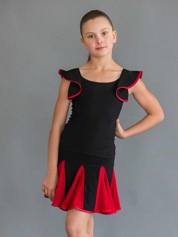 Топик с рукавами-крыльями для танцев