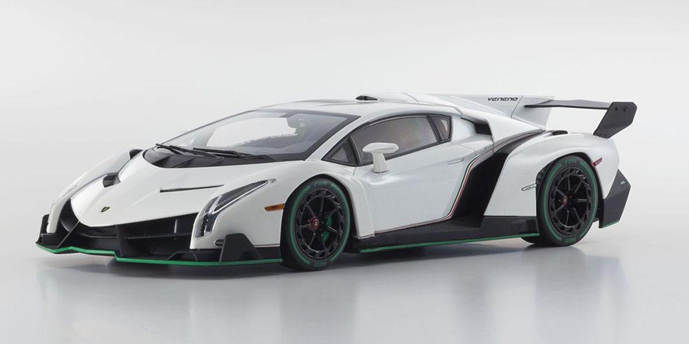 Коллекционная модель Lamborghini Veneno 2015 White Metallic