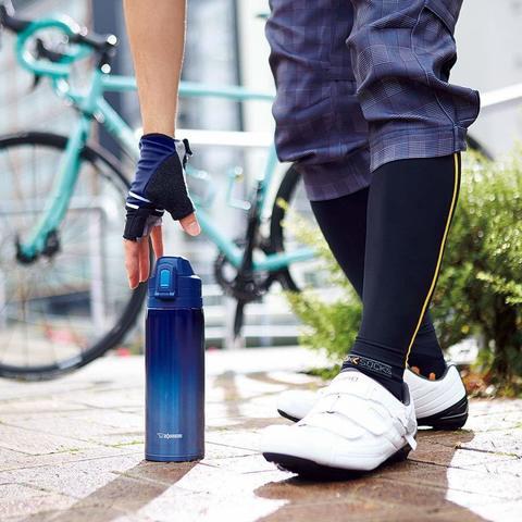 Термобутылка Zojirushi (0,82 литра), синяя