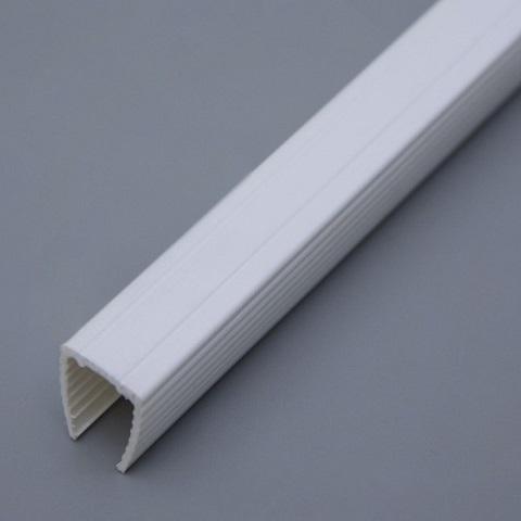 Пластиковый профиль для монтажа гибкого неона 15х25 мм. 1 метр