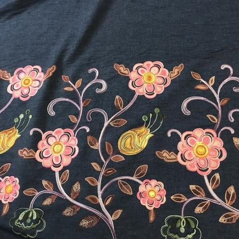 Ткань джинса темно-синяя с вышивкой 2092